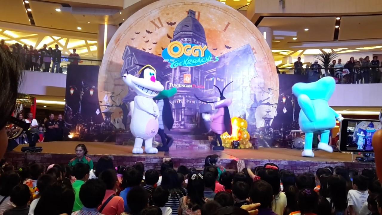 oggy-cafards-costume-mascotte-animation-xilam-evasion-communication-007.png oggy-cafards-costume-mascotte-animation-xilam-evasion-communication