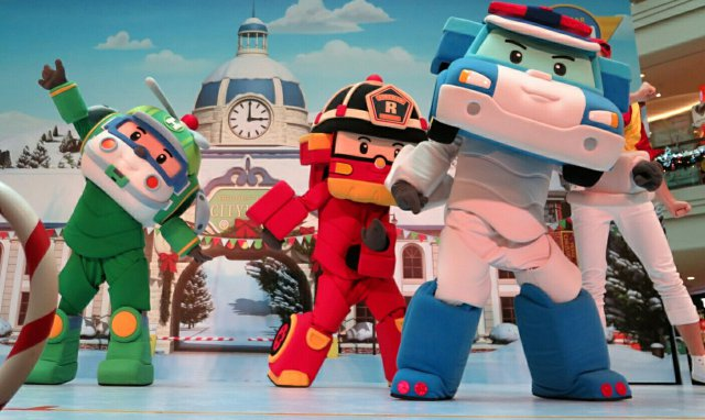 Animation Robocar Poli mascotte costume événement France